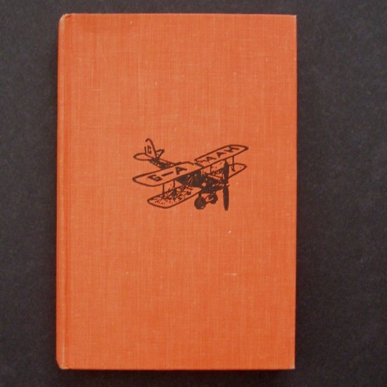 Winged Victory The Story of Amy Johnson by Elizabeth Grey HC