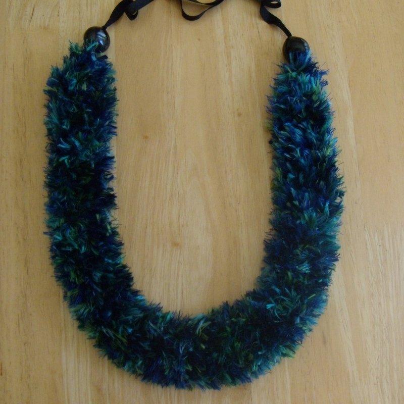 Hawaiian lei knit w/ blue green multi-color eyelash yarn