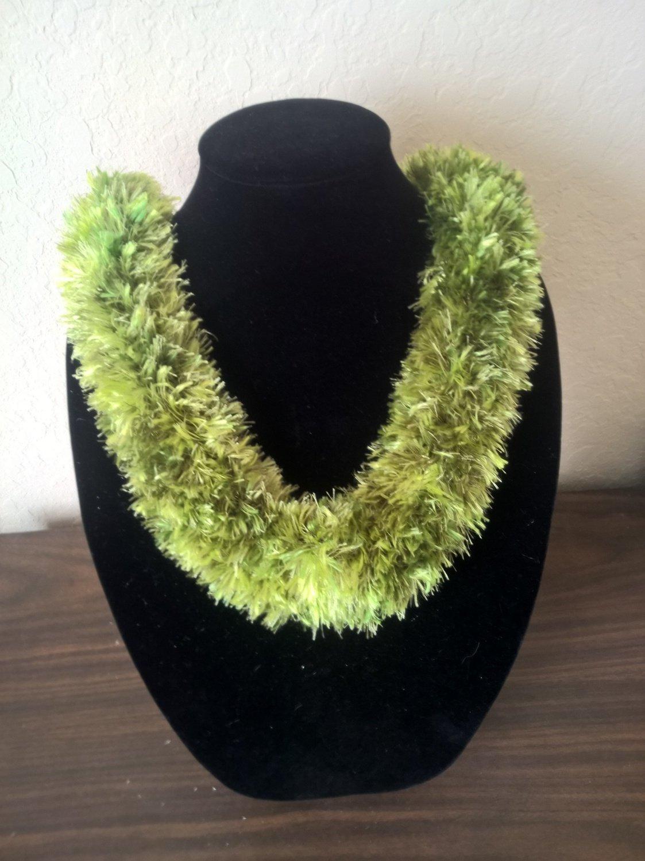 Hawaiian lei knit w/ multi-color green eyelash yarn hat band
