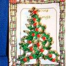 Christmas PIN #0439 Vtg Goldtone Green & Red Enamel Christmas Tree Pin wStar Top