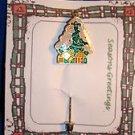 Christmas PIN #0427 Green Christmas Tree Stick Pin~Gold Star--Ornaments & Gifts~