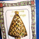 Christmas PIN #0411 Vtg Goldtone Hint of Green-Rhinestone Lattice Christmas Tree