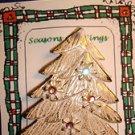 Christmas PIN #0388 Vintage Goldtone Christmas Tree Snowflakes Aurora Borealis
