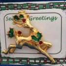 Christmas PIN #0366 Buck Reindeer Goldtone & Holly Avon Tac Pin ~Looking Right~