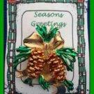 Christmas PIN #0340 VTG Pine Cone & Pine Bough Goldtone with Enamel Green Pine