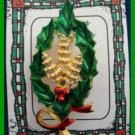 Christmas PIN #0339 Signed Gerrys Holly &Pine Cones Oval Wreath Goldtone HOLIDAY
