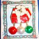 Christmas PIN #0151 VTG Red & White Gift Package w/White Bow & 3 Balls Dangling
