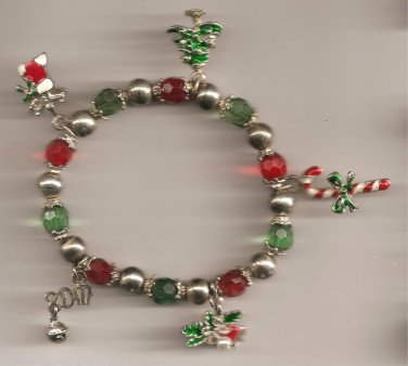 Christmas BRACELET #023 Candycane, Tree, Bell etc Beaded Stretch Charms~No Clasp