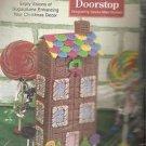 CRAFTS Needlecraft Shop Christmas Trimmings Candylane Doorstop Kit 410032 984041
