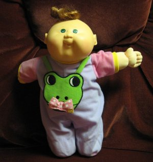 "Cabbage Patch Kids Heart to Heart Baby - 1989 Vintage - Beating Heart - 15"" - Battery Dead"