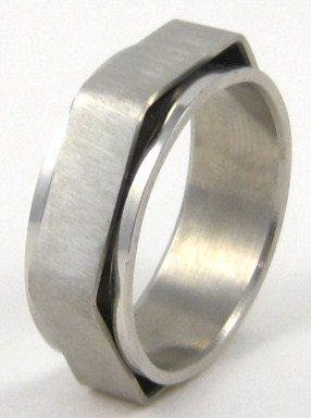 Satin Finish Silver Hexagonal Spinning Stainless Steel Ring SSR37