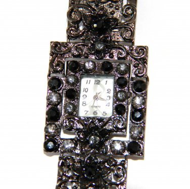 Antique Style Black CZ Toggle Fashion Watch WW115