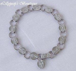 """Sarah Coventry Vintage 1975 """"Young and Gay"""" Silvertone Link Bracelet MINT Condition"""