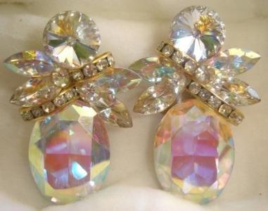 90's Vintage Iridiscent, Aurora Borealis, Tear-Drop Rhinestone Clip-On Earrings