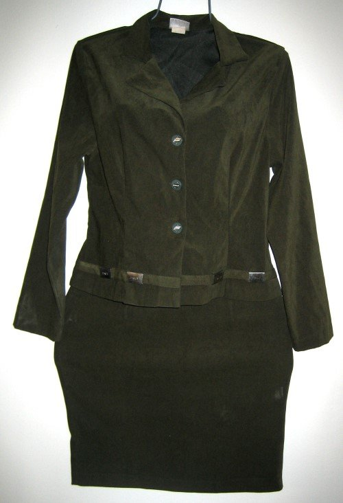 91's VISION U.S.A. Olive Green 2 pc Skirt Suit, Size L