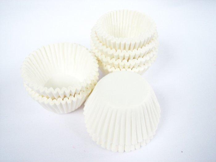 200pcs Mini Paper Cake Cup White