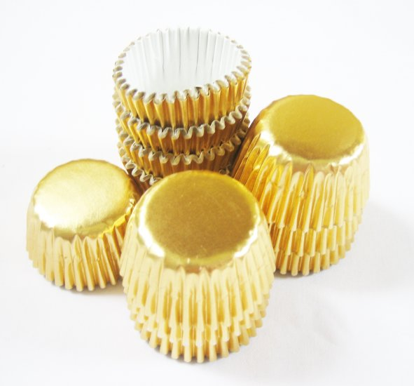 100pcs Mini Paper Cake Cup Foil Paper Gold
