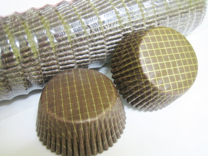 Bulk 1000pcs Brown Cake Cup Printed with Gold Line US Standard Size