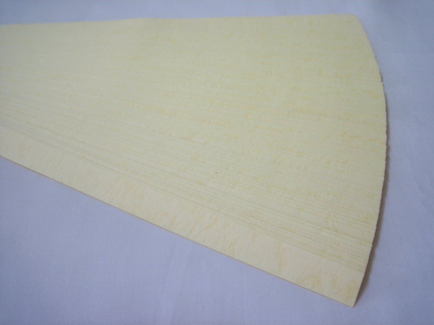 100 strips Embossed Pale Yellow Origami Folding Lucky Star Paper Strips