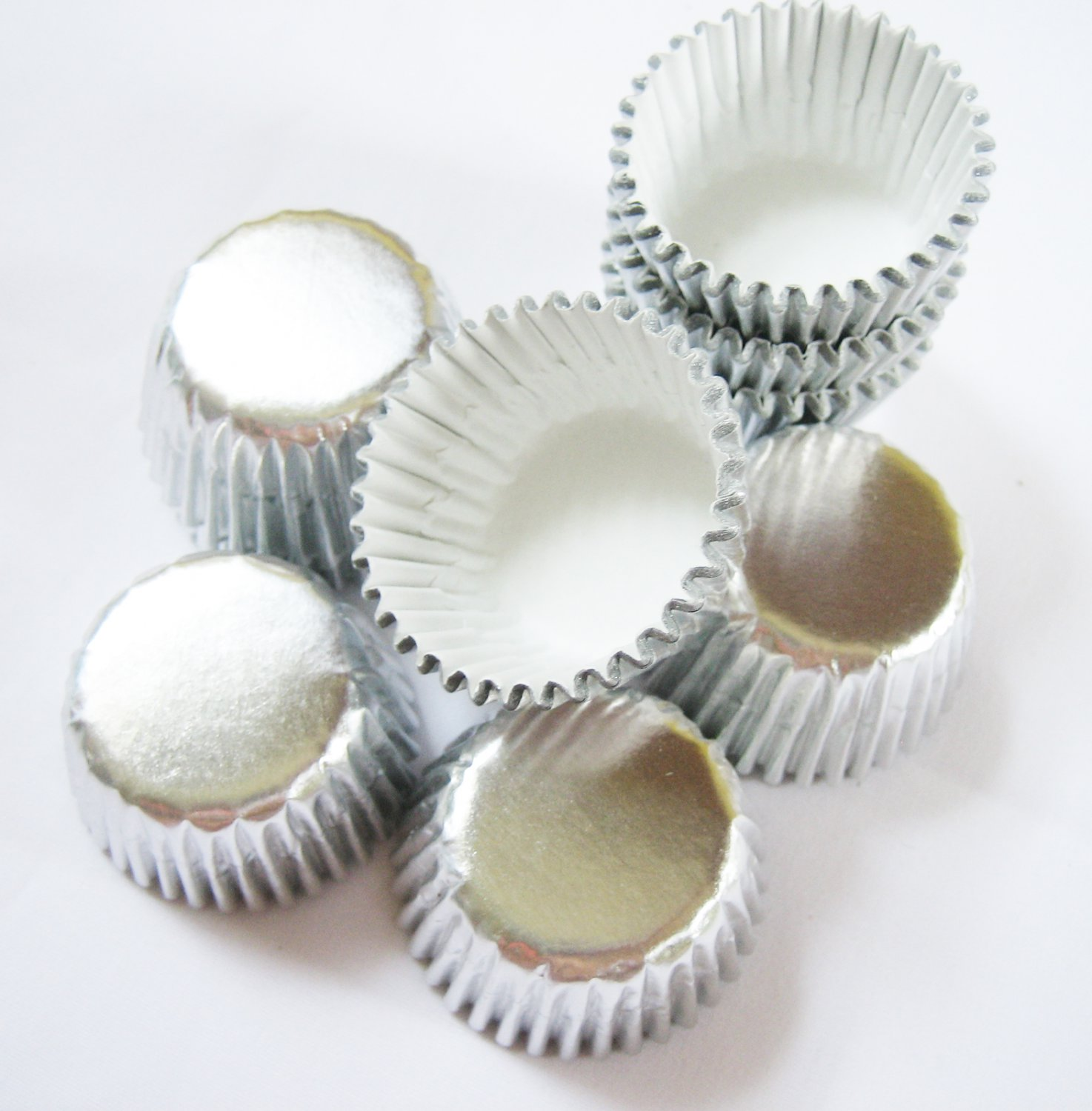 480pcs Silver Mini Paper Cake Cup for Candy/Cookies/Petite/Cake  Wedding Party Favor 6cm