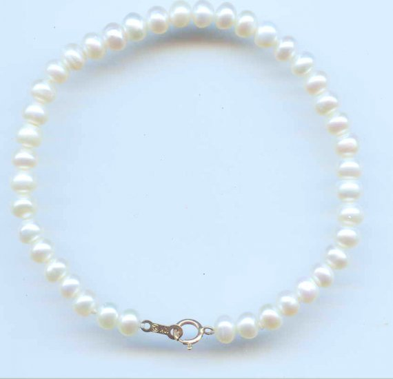 Pearl Bracelet with 10k Gold Clasp