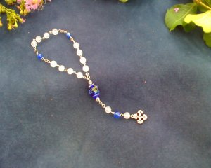 Blue and white chaplet