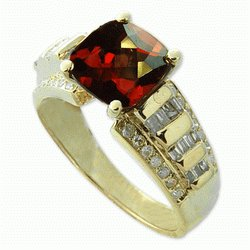 RHODOLITE  DIAMOND  RING