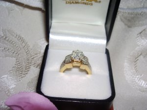 Ladies 2.1/10ct. Diamond Engagement Ring