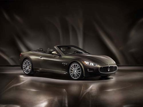 "Maserati GranCabrio Fendi Car Poster Print on 10 mil Archival Satin Paper 20"" x 15"""