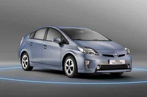 "Toyota Prius Hybrid Car Poster Print on 10 mil Archival Satin Paper 30"" x 20"""