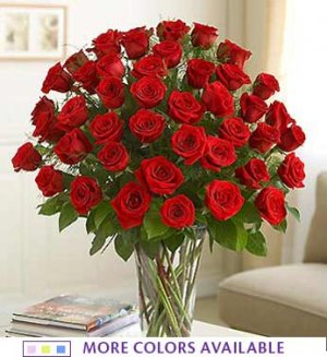 2 Dozen Roses in a Vase (Auction of the Week)