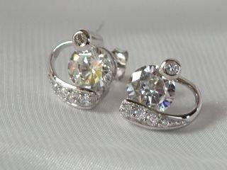 Super clear CZ's earrings in sterling silver