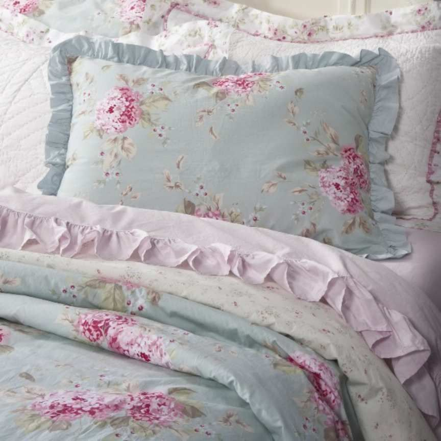 simply shabby chic hydrangea rose belle king duvet 3 pc set. Black Bedroom Furniture Sets. Home Design Ideas