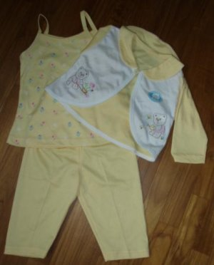 157  Baby 3 piece Clothing Set  - Yellow ( Size 6-12 months )