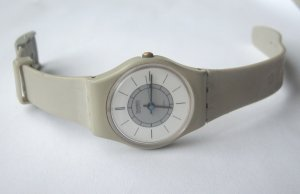 Vintage 80's Gray SWISS Swatch Watch - WORKS