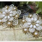 White Flower Vintage Earrings Coro Clip Retro Rhinestone Cabochon Lattice Cool Funky