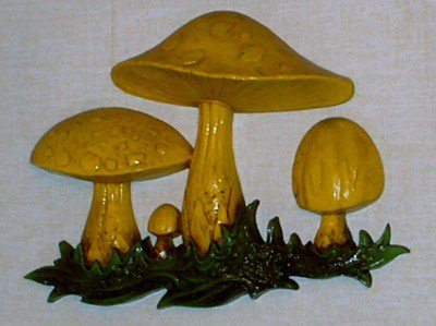 Homco Mushroom Wall Plaque