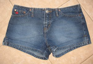 Trendy Dark Denim Blue 5 Pocket Mini Shorts - Paris Blues (Size 5)