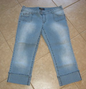 Trendy Light Denim Blue 5 Pocket Capri's with Folded Cuffs - Angels (Size 19)
