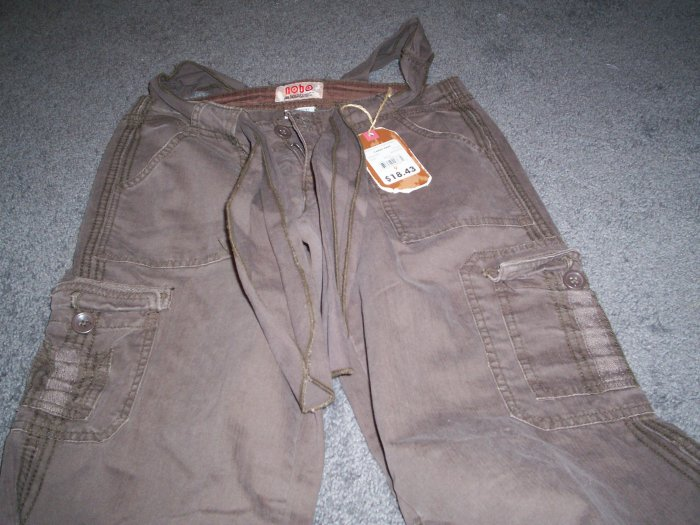 Juniors No Boundries Brown Cargo Pants size 9