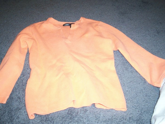 Girls Soft Orange Cream 76% Cotton Sweater size small