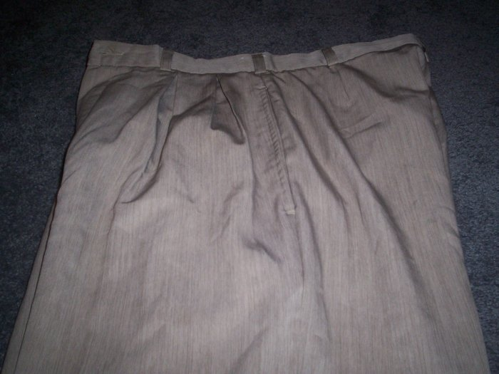Men's Palet Perspective Khaki Dress Slacks size 32M