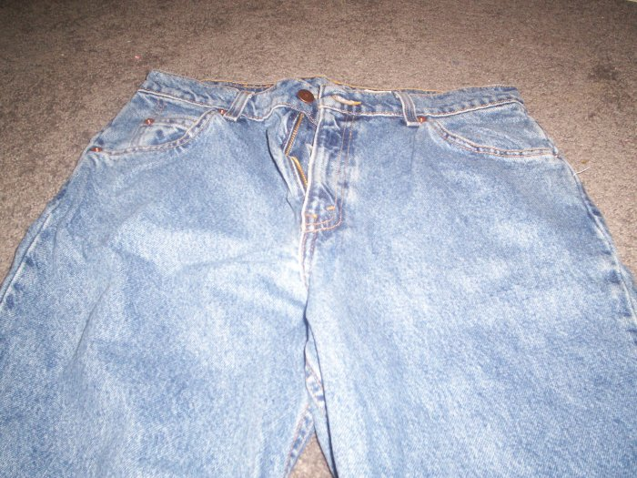 Women's Blue Levi 921 Tapered Fit  Jeans size 12 Long