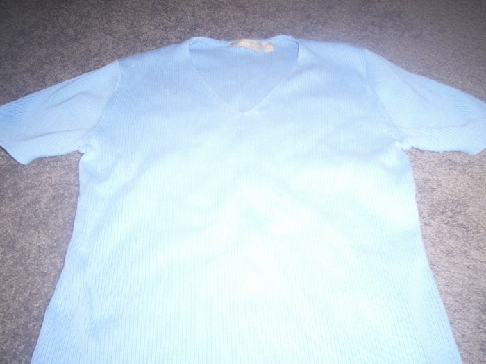 Women's Blue Short Sleeve Croft & Barrow Sweater  Size Med