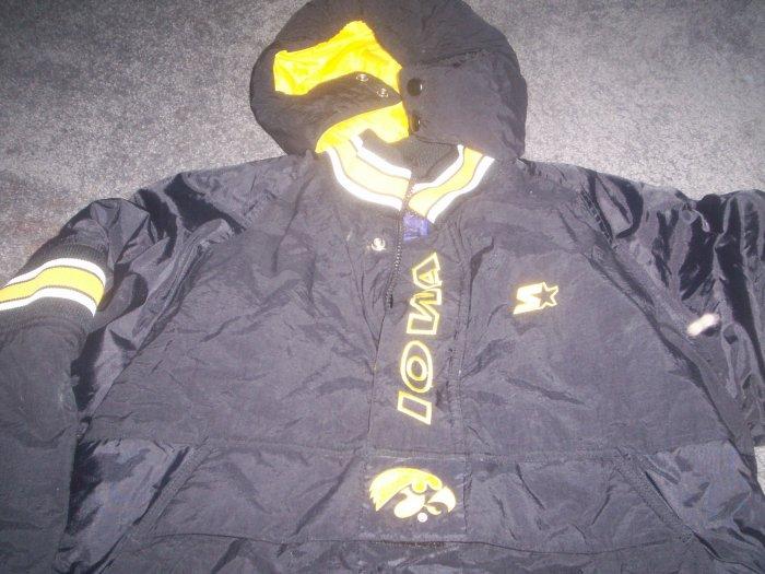 Iowa Hawkeyes Winter Starter Jacket  size large boys