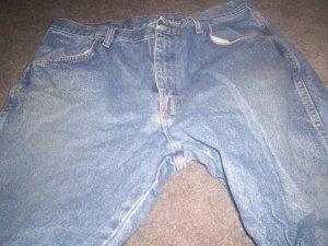 Men's Wrangler Jeans size 36 x 32