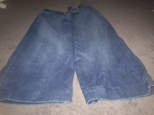 Women's Blue Stretch Capri's size 14 by No Boundries