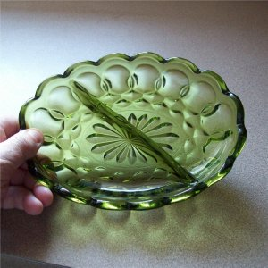 Anchor Hocking Fairfield Divided Oval Relish Dish Avocado Glass