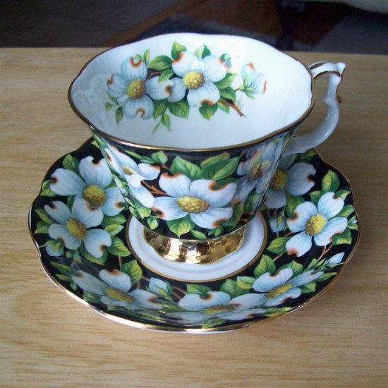 Royal Albert England Provincial Dogwood Bone China Tea Cup and Saucer