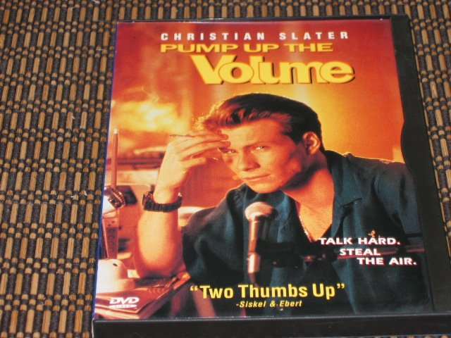 Pump Up The Volume DVD Christian Slater Mint